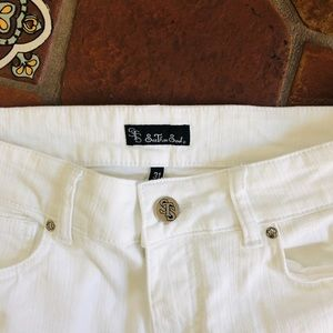Winter White jeans size 31